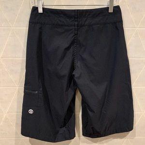 Lululemon womens bermuda shorts black 4